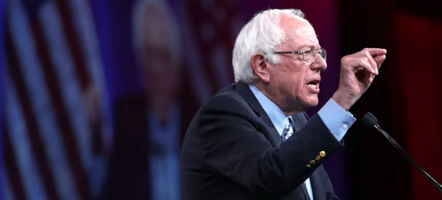 Sen. Bernie Sanders (I-VT), photographed in August at the Democratic Presidential Committee summer meeting, was sharp and focused in the CNN climate town hall. (photo: Getty Images)