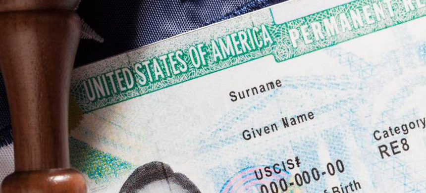 A bill that would halt employment-based immigration from any country other than India or China is headed back to the Senate floor next week. (photo: Bill Oxford/Getty Images/iStock Photo)