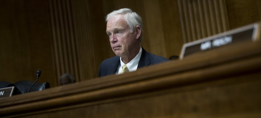 Sen. Ron Johnson (R-WI) listens to testimony during a Senate Foreign Relations Committee hearing on December 6, 2017 in Washington, D.C. (photo: Drew Angerer/Getty Images)