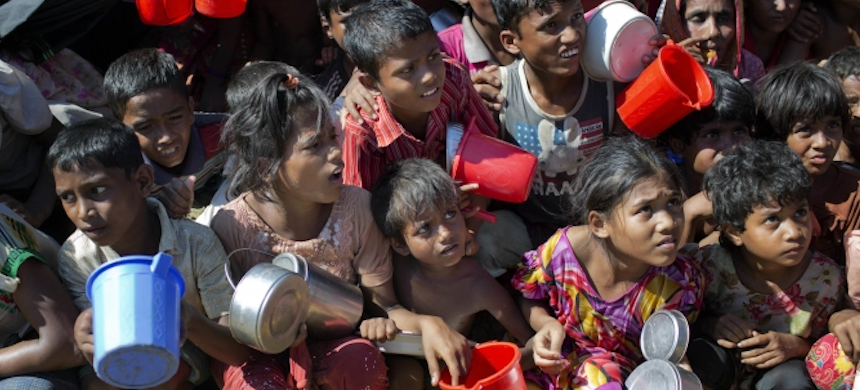 Rohingya children. (photo: VOA)