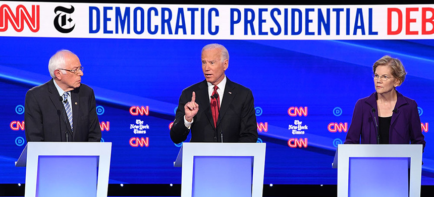 Sanders, Biden and Warren speaker during the fourth Democratic debate. (photo: Saul Loeb/AFP)