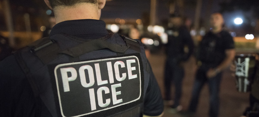 U.S. Immigration and Customs Enforcement officers arrested hundreds in Florida and Puerto Rico in March of 2018. (photo: ICE)