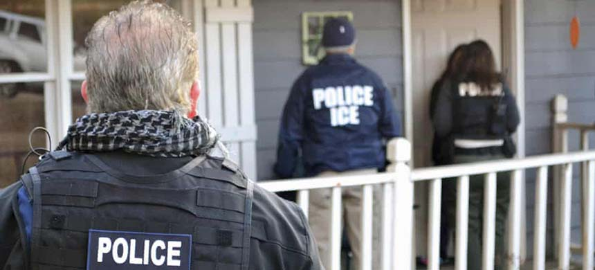 A Honduran woman has sued the US Immigration and Customs Enforcement agency over sexual assault she says occurred over a period of seven years. (photo: Bryan Cox/AP)
