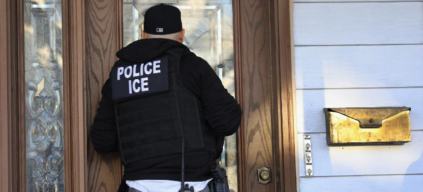 ICE agent. (photo: John Moore/Getty)