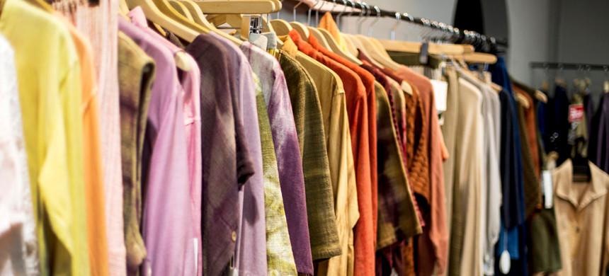 Some clothes are more environmentally friendly than others. Here's how to find them. (photo: Getty)
