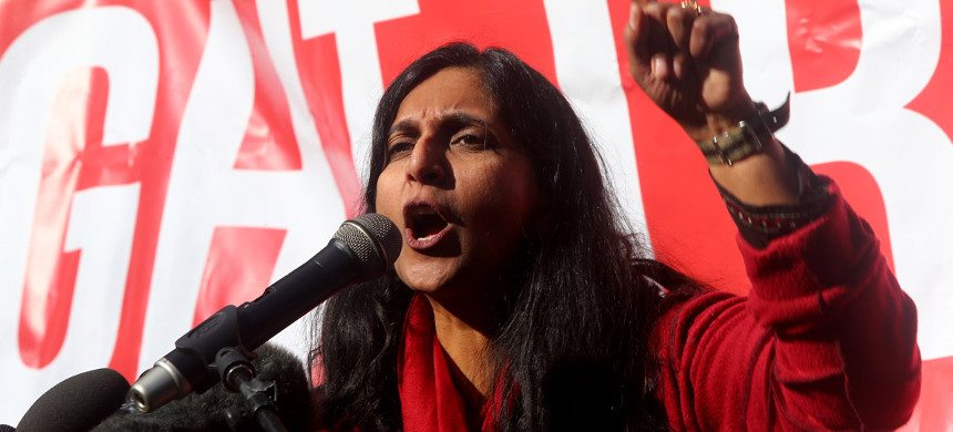 Seattle city council member Kshama Sawant speaks at a rally on February 17, 2017 in Seattle, Washington. (photo: Karen Ducey/Getty)