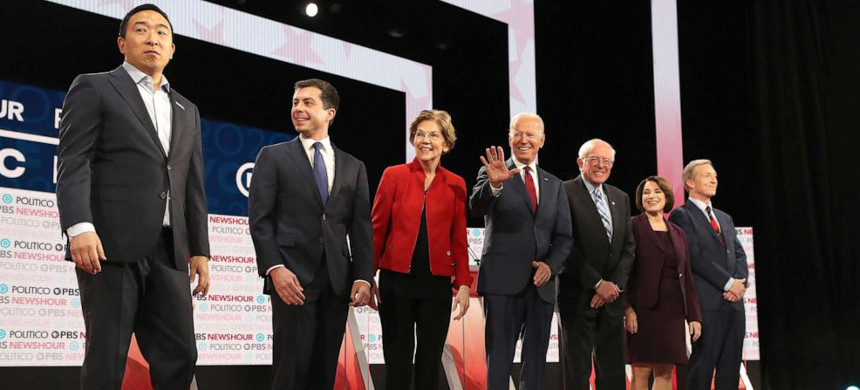 The Democratic presidential primary debate found seven front-runners facing off in Los Angeles, California. (photo: Mario Tama/Getty)