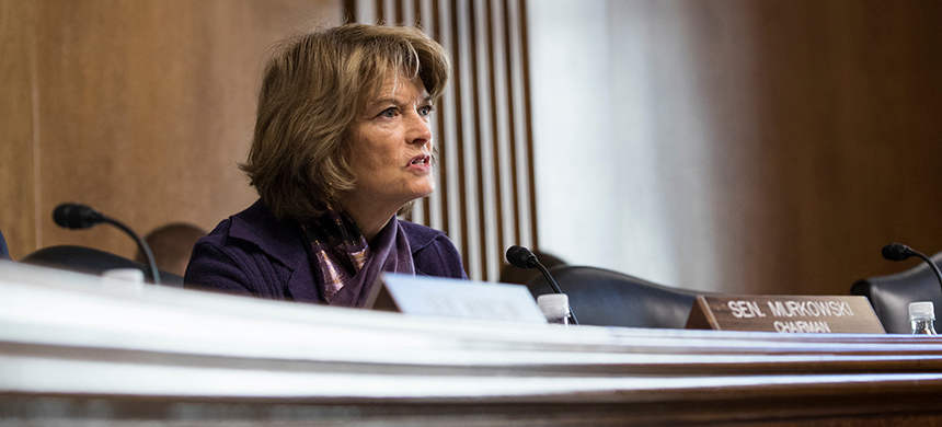 Senator Lisa Murkowski expressed reservations about Senator Mitch McConnell's approach on the impeachment trial. (photo: Sarah Silbiger/NYT)