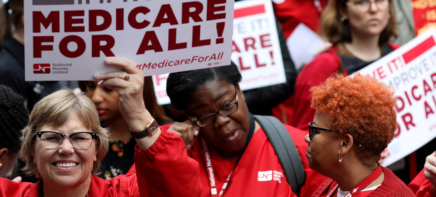 Protesters supporting Medicare for All hold a rally outside PhRMA headquarters on April 29, 2019 in Washington, DC. (photo: Win McNamee/Getty)