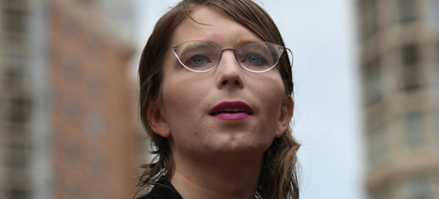 Chelsea Manning was detained on 16 May after refusing to testify before a grand jury. (photo: Win McNamee/Getty)