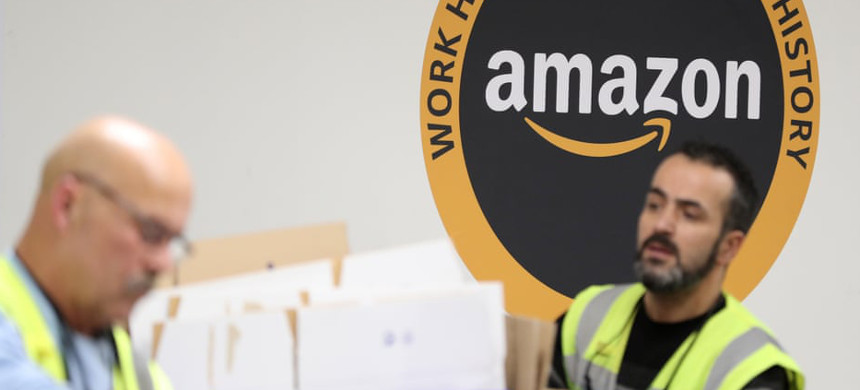 According to Amazon, it started updating its external communications policy for staff in spring last year. (photo: Friedemann Vogel/EPA)