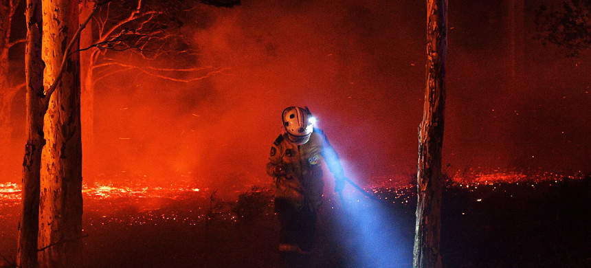 Firefighter in Australia. (photo: Saeed Khan/Getty Images)