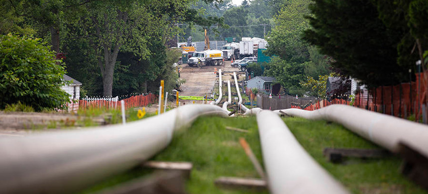 Several cases challenge natural gas pipeline routes, including across the Appalachian Trail, and question companies' right to take land they don't own. (photo: Inside Climate News)