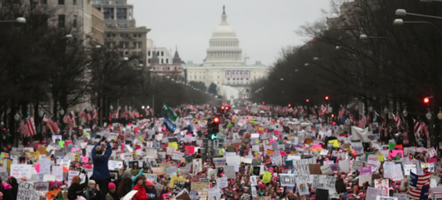 The original, unaltered photo of the 2017 Women's March in the District. An altered version appears in an exhibit at the National Archives. (photo: Mario Tama/Getty Images)
