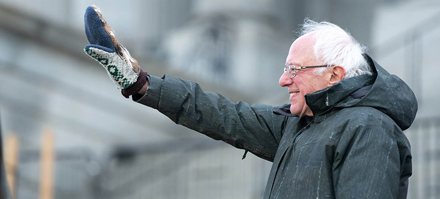 Sen. Bernie Sanders and Joe Biden held a significant lead over the rest of the Democratic field in the new poll. (photo: Sean Rayford/Getty Images)