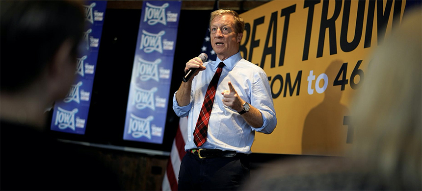 Democratic 2020 U.S. presidential candidate and billionaire activist Tom Steyer speaks at a town hall meeting in Ankeny, Iowa, U.S. January 28, 2020. (photo: Rick Wilking/Reuters)