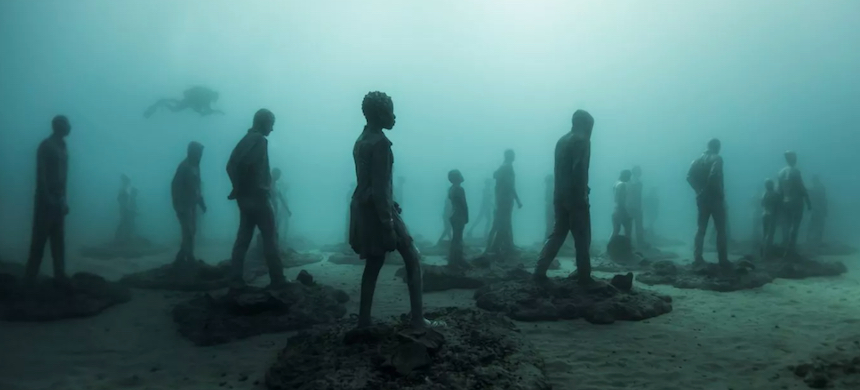 Crossing the Rubicon, Lanzarote, Spain. (photo: Jason deCaires Taylor)