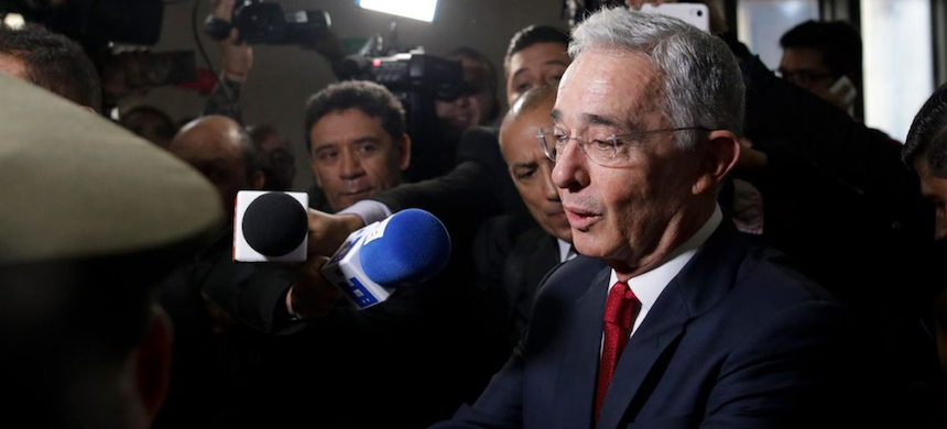 Alvaro Uribe. (photo: Ivan Valencia/AP)