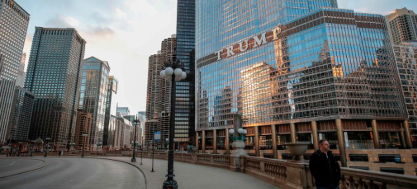 Trump International Hotel and Tower in Chicago. (photo: Kamil Krazczynski/Getty)
