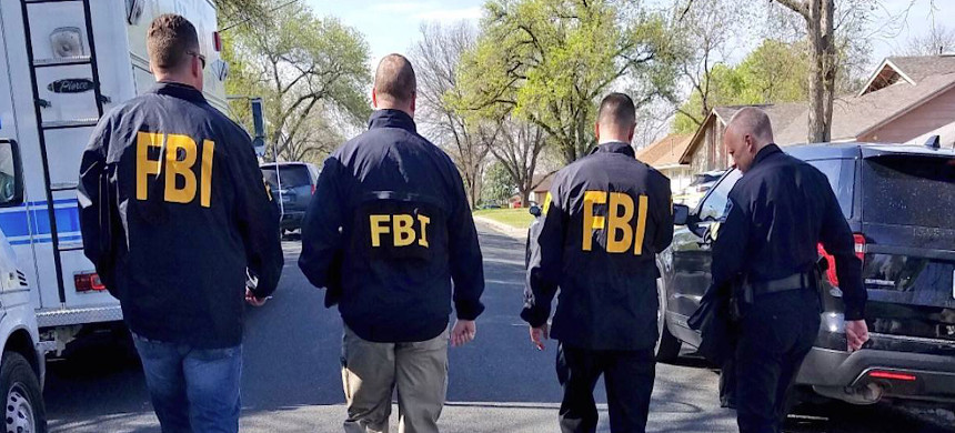 FBI officers. (photo: @Chief_manley/Twitter)