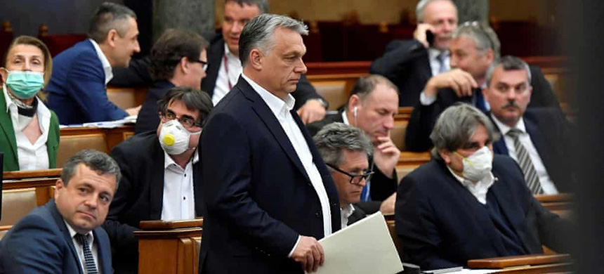 Hungary's prime minister, Viktor Orbán (centre), has attracted criticism by focusing on issues such as the anti-trans legislation instead of coronavirus. (photo: Zoltan Mathe/Reuters)