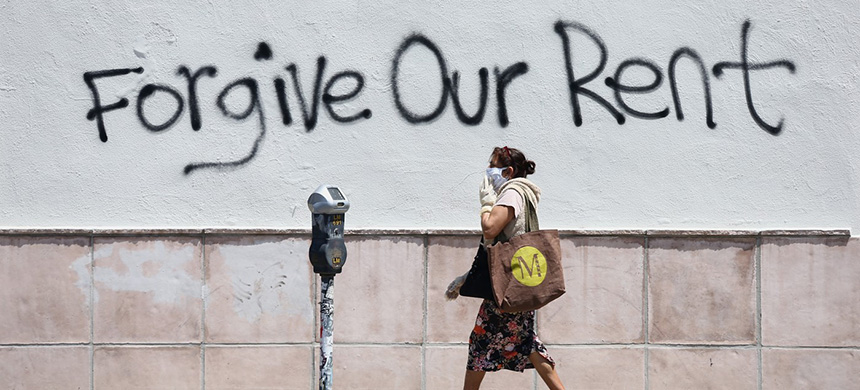 Some graffiti in Los Angeles on May 1. (photo: Tommaso Boddi/Getty Images)
