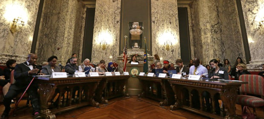 Electors fill out their ballots during a meeting of Washington state's electoral college on 19 December 2016, in Olympia, Washington. (photo: Elaine Thompson/AP)