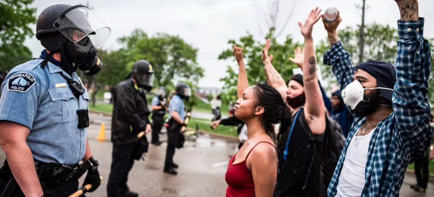 A community-wide protest in Minneapolis, Minnesota, was held May 26 after the death of George Floyd. (photo: Richard Tsong-Taatarii/Getty Images)