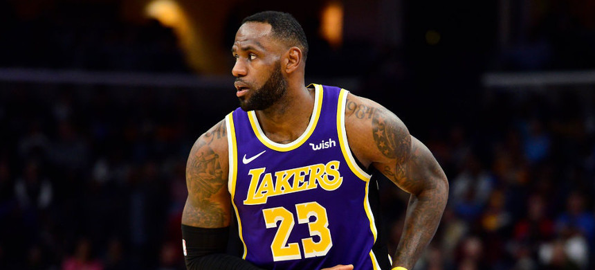 A new voting rights organization represents LeBron James's most significant foray yet into electoral politics. (photo: Brandon Dill/Getty)