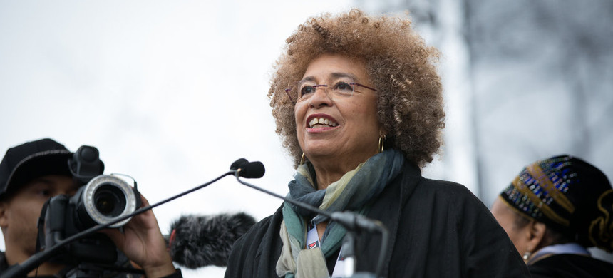 Angela Davis. (photo: Vanessa Wruble)