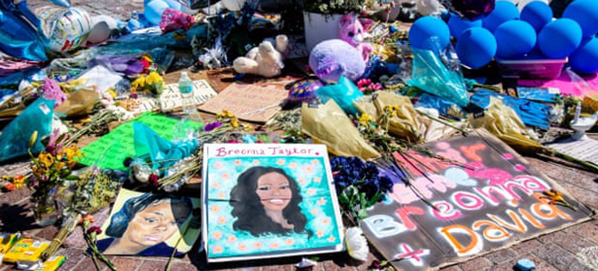 A memorial for Breonna Taylor in Louisville, Kentucky. (photo: Amy Harris/Shutterstock)