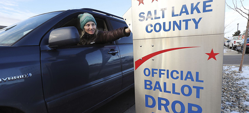 A vote-by-mail election in Utah. (photo: Jeffrey D. Allred/Deseret News)