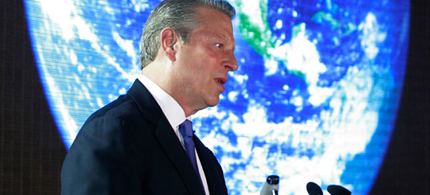 Former Vice President Al Gore speaks about climate change during a visit to the Philippines. (photo: Aaron Favila/AP)