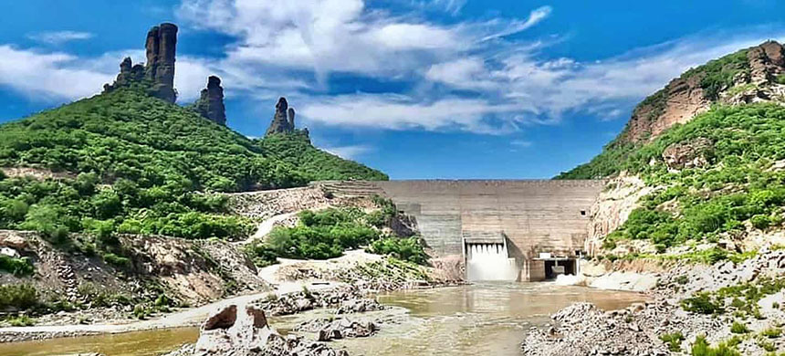 The Bicentenario-Los Pilares dam across the Mayo River in Sonora, Mexico, in a photograph from the local council. (photo: San Bernardo Álamos council)