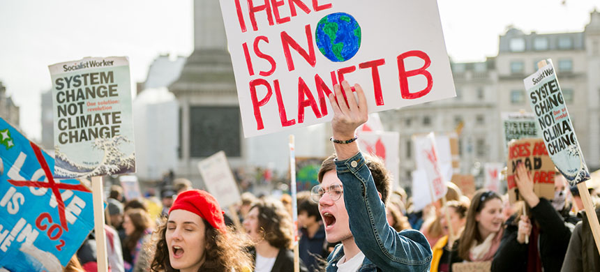 Climate change rally. (photo: Ollie Millington/Getty Images)