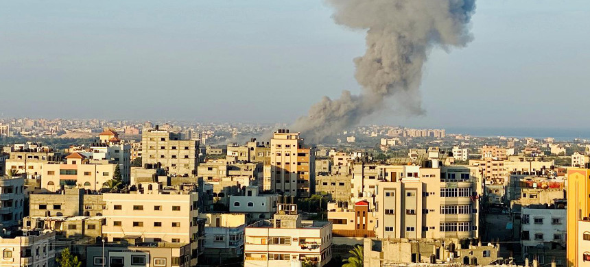 Israel has maintained a crippling blockade of the Gaza Strip since 2007. (photo: Reuters)