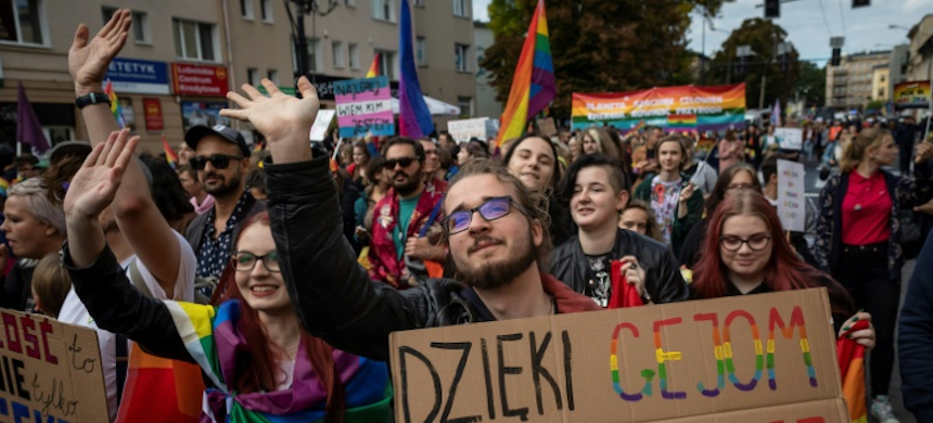 Lesbian, gay, bisexual and transgender rights have become a hot button issue in Poland. (photo: AFP)