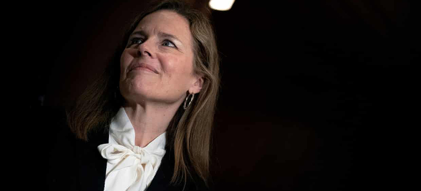 Amy Coney Barrett, whose confirmation hearing begin Monday, was a member of the University Faculty for Life at Notre Dame from 2010 to 2016. (photo: Reuters)