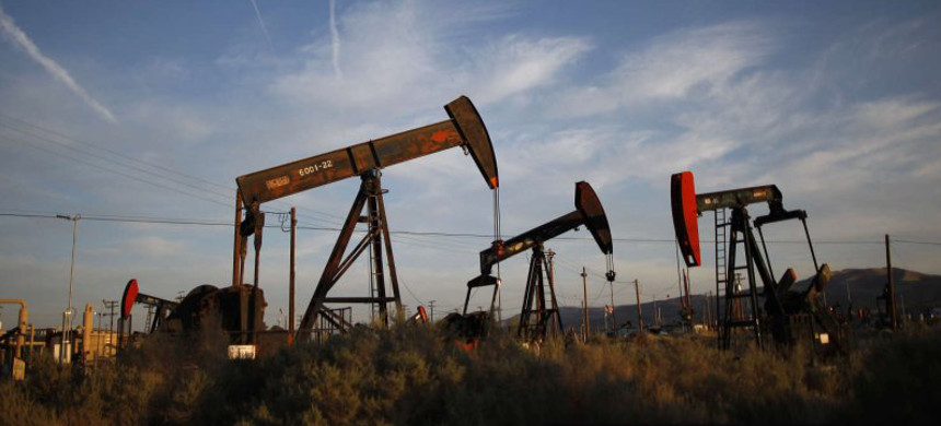 Fracking operation in California. (photo: David McNew/Getty)