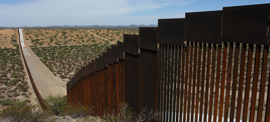 Border wall. (photo: Herika Martinez/Getty)