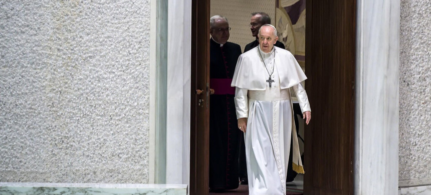 Pope Francis arriving for the weekly general audience at the Vatican on Wednesday. (photo: Angelo Carconi/EPA)