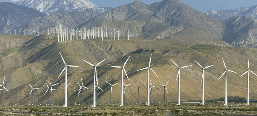 Wind turbines are seen in Palm Springs, California. (photo: Mint Images/Getty Images)
