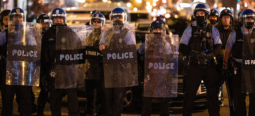 Police in riot gear after in Minneapolis. (photo: Tasos Katopodis/Getty)