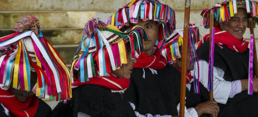 People participate in a ceremony in Acteal in October 2020 to commemorate the 1997 massacre. (photo: Changiz M. Varzi/nacla)