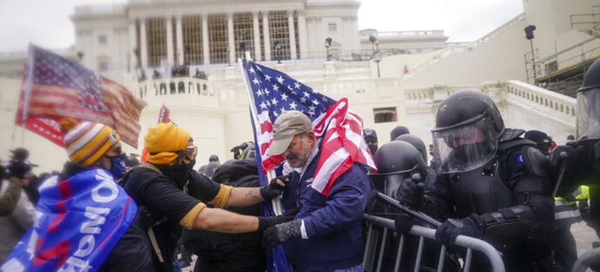 A scene from the riots at the Capitol last Wednesday.  (photo: John Minchillo/AP)