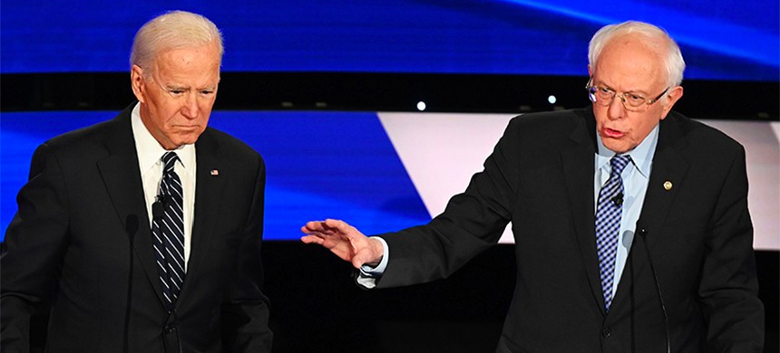 Joe Biden and Bernie Sanders debate in Des Moines, Iowa on Jan. 14, 2020. (photo: Getty Images)