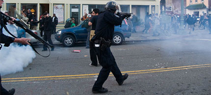 The scene in downtown Oakland, California, on the afternoon of October, 25 2011. (photo: Andrew Kenower/flickr)