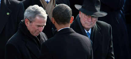 President Obama greets outgoing President George W.Bush and Vice President Dick Cheney at his inauguration, 01/20/09. (photo: The Washington Post)