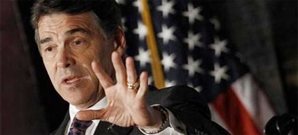 Republican presidential candidate Texas Gov. Rick Perry has created a budget crisis in Texas. (photo: Jim Young/Reuters)