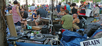 Occupy Wall Street, Liberty Plaza, 09/27/11. (photo: Cate Woodruff/Reader Supported News)